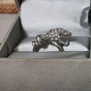 Striking Snake Head Fashion Ring